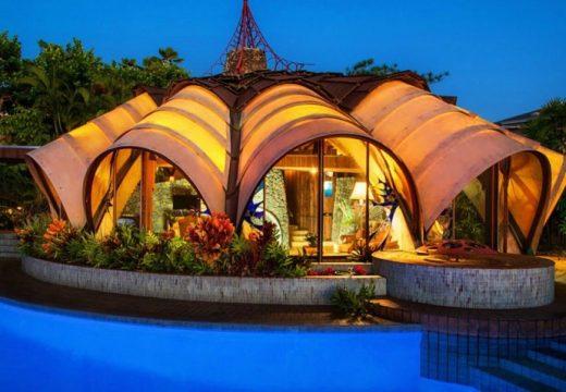 Къща вдъхновена от глава лук