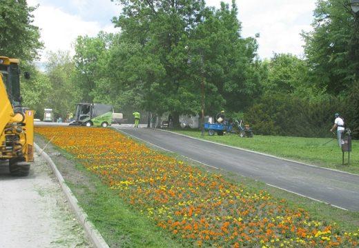 Продължава ремонтът в Морската градина на Варна
