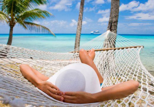Работодатели искат по-малко почивни дни