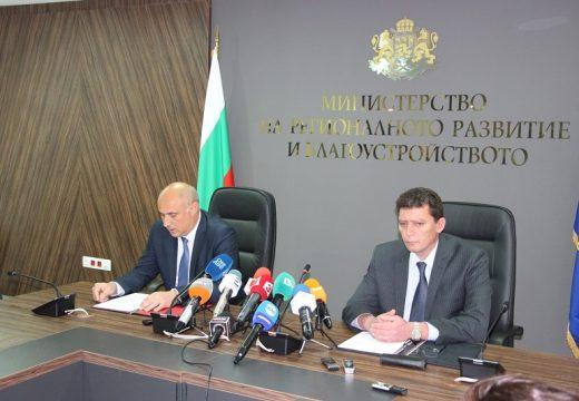 """Министър Попниколов: Еврофинансирането на АМ """"Струма"""" е под риск"""