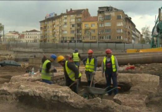 Античен некропол изникна под кино Сердика