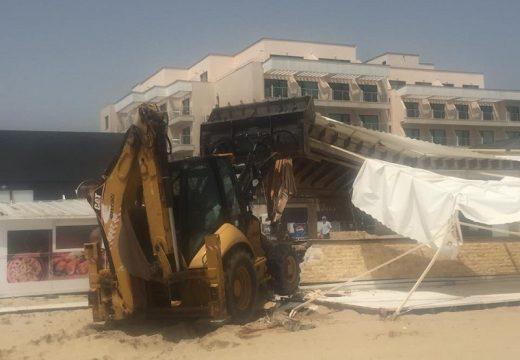 Събарят заведенията по плажа на Слънчев бряг
