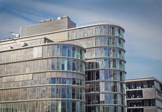 Големи прозорци + енергийна ефективност от Рехау