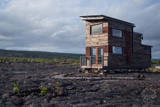 Къщурка насред най-активните вулкани на света