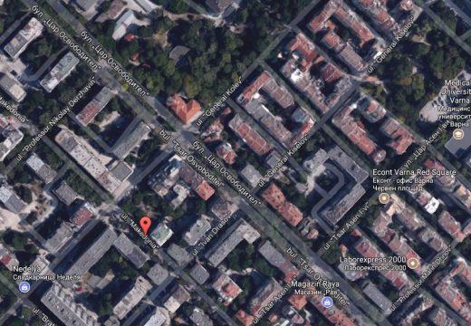 Авария затруднява движението във Варна