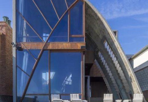 Едуард Нортън си купи архитектурен шедьовър