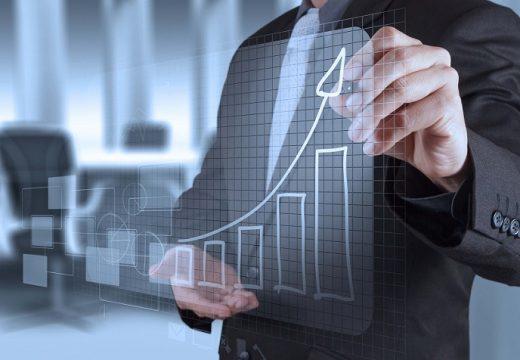 Икономиката расте, но това създава рискове и дисбаланс