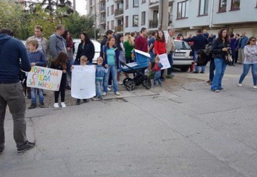 """В """"Манастирски ливади"""" няма училища, градини и зеленина"""