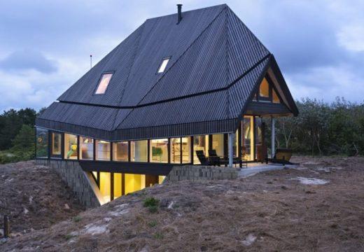 Модерен дървен дом се сглобява за 2 дена