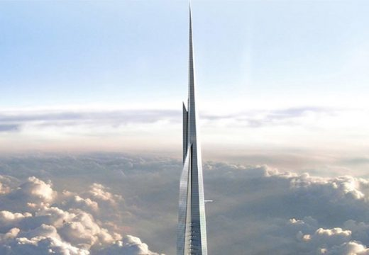Строителството на най-високата сграда в света продължава