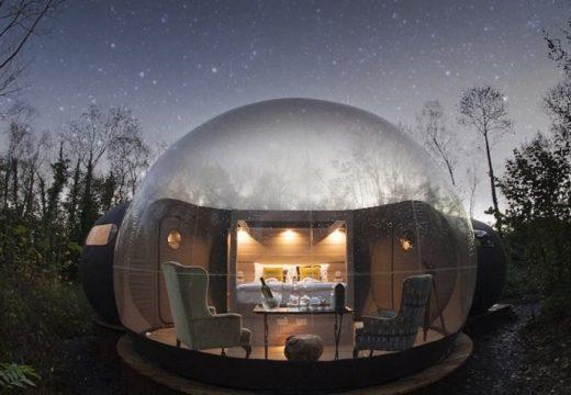 Хотел от балони в Ирландия разкрива звездното небе