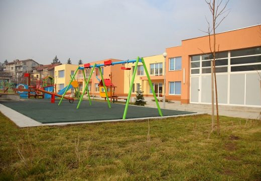 Започват ремонтите в столичните училища и градини