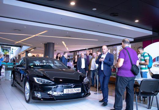 Първото в България изложение на електромобили