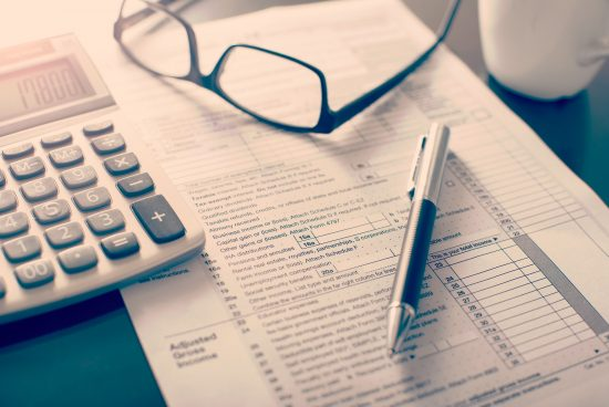 Нови правила за данъците на коли и имоти