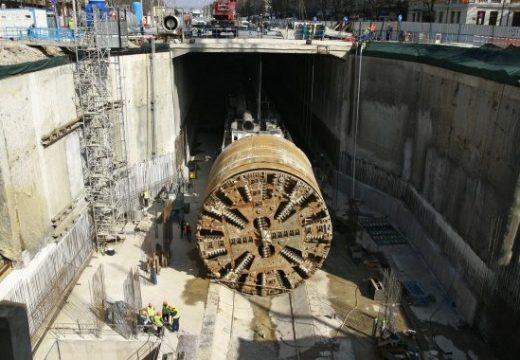 """Изграждането на метрото в """"Овча купел"""" се движи в срок"""