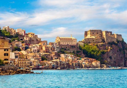 Град в Сицилия продава къщи за 1 евро