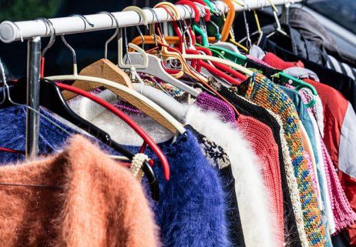 Повторната употреба на дрехи спасява планетата