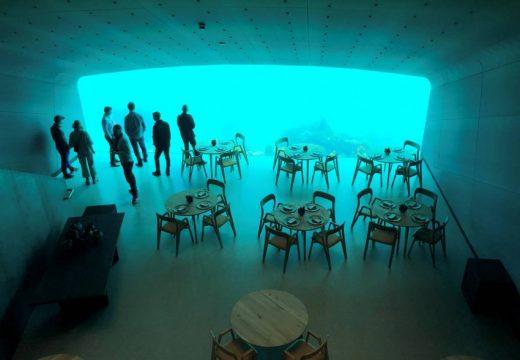 Подводният ресторант Under отвори врати