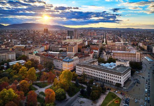 Богатите и образовани софиянци живеят в центъра и на изток в града