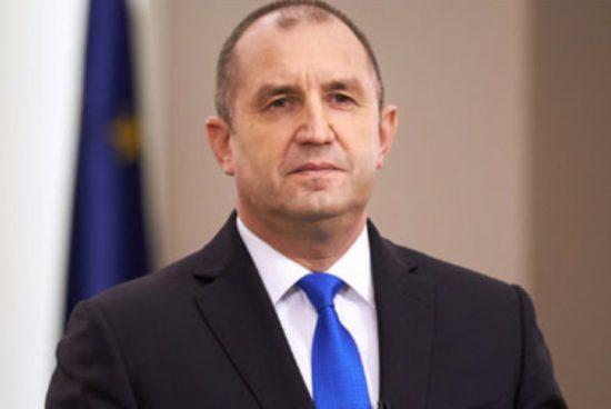 Румен Радев: Бетонирането на плажната ивица не е в обществен интерес