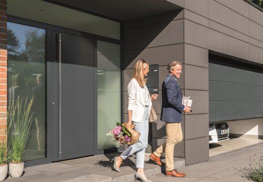 Нова елегантност при външните врати с ThermoPlan Hybrid