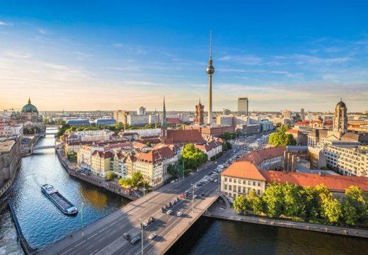 Берлин замразява цените на наемите за 5 години