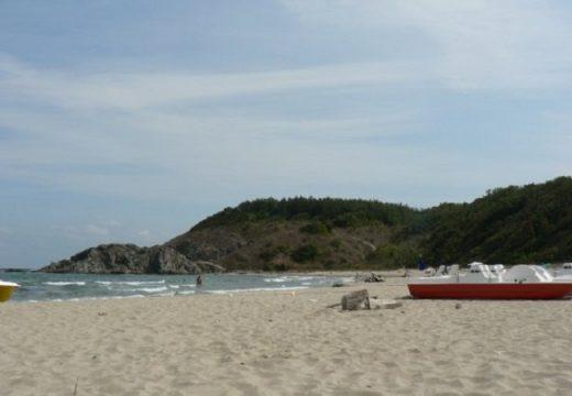Сигналите за беззаконие по плажовете зачестяват