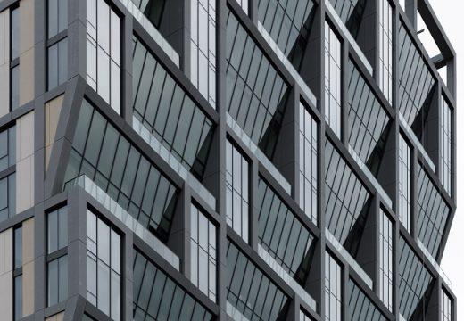 Сграда е направена с бетонни панели, които пестят енергия