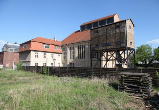 Енергията за сграда в Берлин се генерира от дървени стърготини