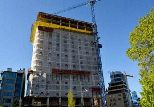 """Кметът на """"Лозенец"""" иска премахване на строежа на Златен век"""