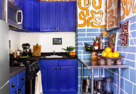 Лудо преобразяване на кухня само с тиксо, боя и много въображение