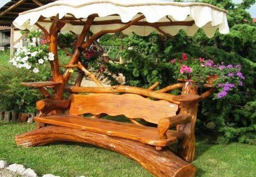 Градински мебели от дърво