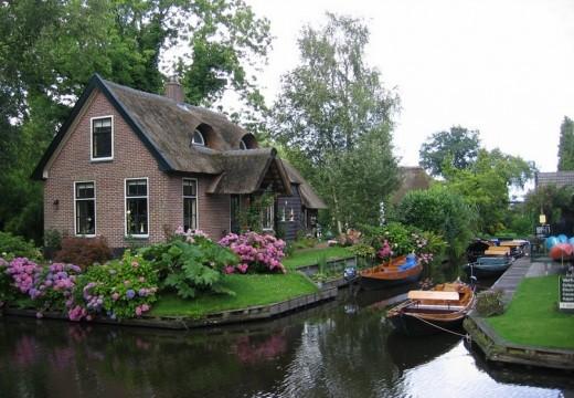 Гитхорн – холандската Венеция