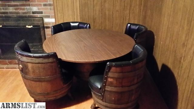 2359743_01_whiskey_barrel_bar_room_640