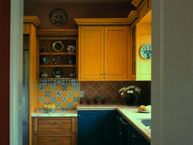 adams_linda_yellowkitchen_4x3.jpg.rend.hgtvcom.1280.960