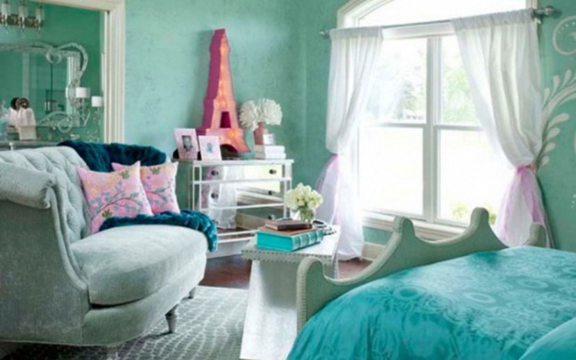 captivating-teenage-girl-bedroom-ideas-with-light-blue-covered-bed-linen-also-soft-blue-sofa-and-pink-cushion-plus-white-glass-window-with-white-curtain-along-soft-blue-wall-with-bedroom-for-teenager-830x519