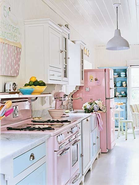 blue-pink-Pastel-Kitchens-1