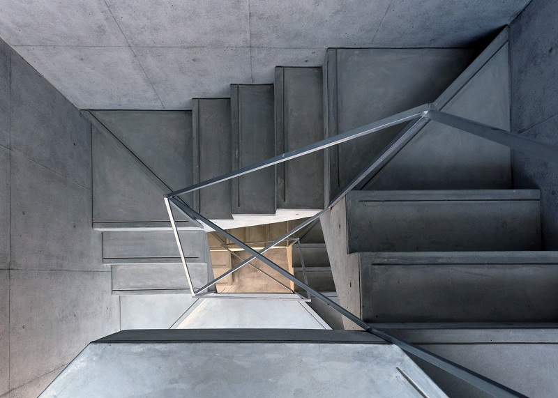 hikone-studio-apartments-alphaville-architects-residential-concrete-japan_dezeen_1568_7