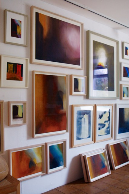 andrew-montgomery-gallery-walls-house-1-10jul14_b_426x639