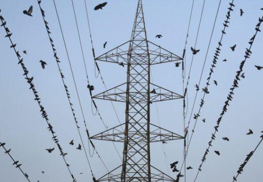 Строителна фирма скъса кабели на ЧЕЗ и избяга