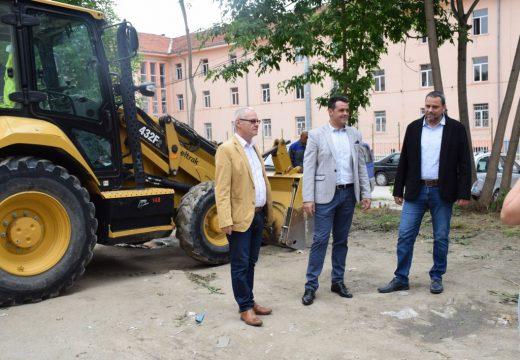 Центърът на Пловдив се сдобива с нов паркинг за 55 коли