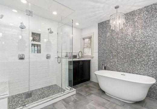 Кое хаби повече вода:  вана или душ?