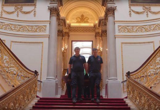 Ремонтът на Бъкингамският дворец – отвътре! (ВИДЕО)