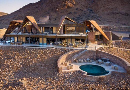 Каменен комлекс в най-старата пустиня на Земята