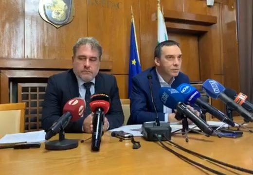 """Спира се строителството на площад """"Тройката"""" в Бургас"""