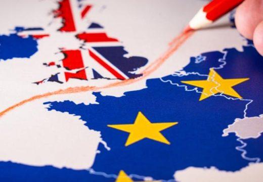 Желаещите да работят във Великобритания кандидатстват по нова система