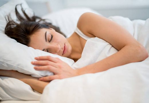 Недоспиването не може да се компенсира през уикенда