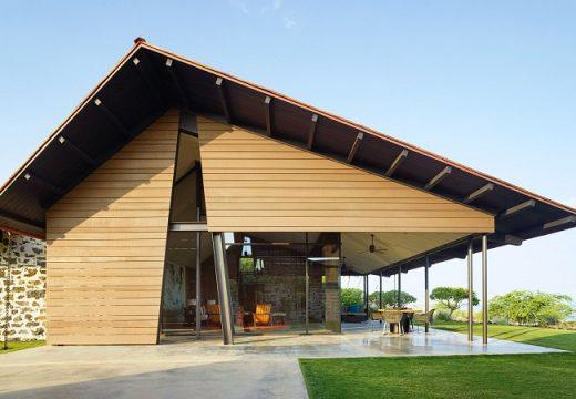 Къща е построена по образ на традиционните хавайски постройки
