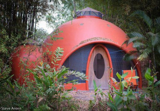 Как да си построите екологична и евтина къщичка
