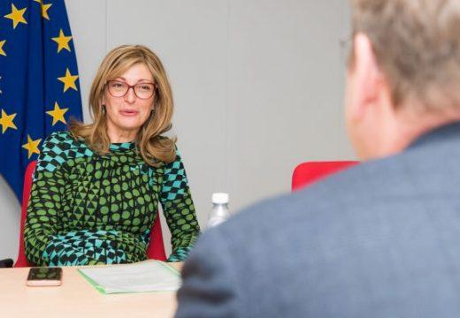 Външните министри от ЕС се разбраха как поетапно да бъде възстановено свободното движение на хора